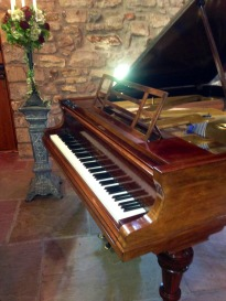Beth hired a vintage Blüthner piano from Shackleford Pianos